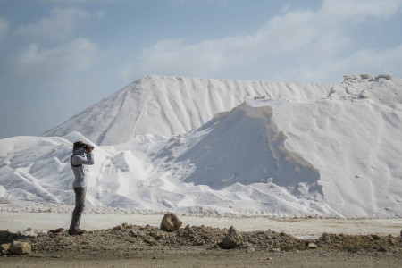 Fernando Simal braves harsh conditions at the Cargill salt ponds in Bonaire.