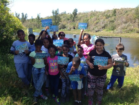 Bermuda youth enjoying a field trip with the new Birds of Bermuda identification cards. (photo by Andrew Dobson)