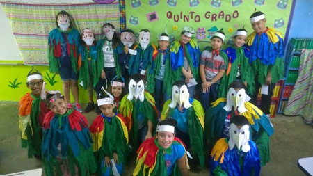 Fifth grade students from Abelardo Díaz Alfaro Elementary School in San Juan, Puerto Rico gave talks to their classmates about birds and their conservation as part of the school IMBD Festival Week. (photo by Joanna Oquendo)