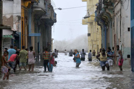 Flooding caused by Hurricane Irma in Old Havana, Cuba. (Photo by Juvenal Balán)